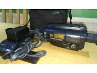 2x Cameras sonyhandycam 8 and hitachi both with chargers and cases! Can deliver or post!