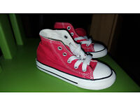 Convers size 7