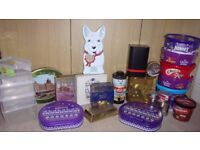 Clearance of a collection of modern biscuit and coffee etc. tins