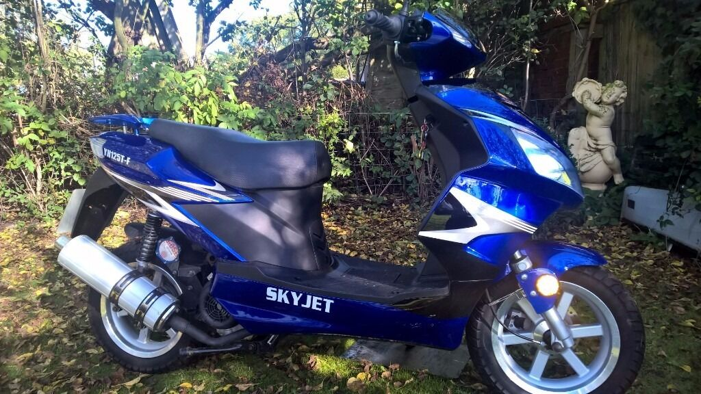 Moped 125 Skyjet 375 mileage immaculate condition LOUGHBOROUGH