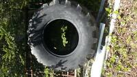 19.5L-24 Backhoe Tire