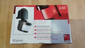 New - Stand alone PIR motion detector. 2000W switching. 12m. 140°.