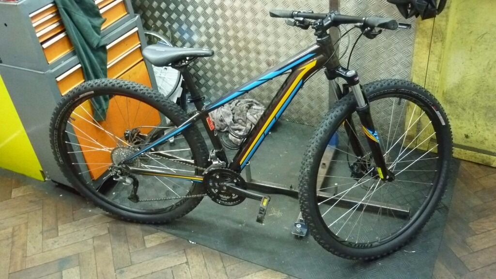 Specialized Rockhopper sport 29er 2016 model in small in  : 86 from www.gumtree.com size 1024 x 576 jpeg 109kB