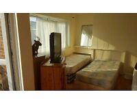 DOUBLE/TRIPLE/TWIN ROOM IN CANARY WHARF