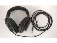 AKG K550 premium foldable closed back over-ear studio/reference headphones £75