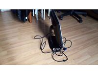 "DELL SE198WFPV 19"" LCD MONITOR widescreen with cables -"