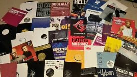 45 x Classic Garage vinyls.full track list inc so solid/PAYG/wookie/the streets