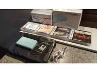 Nintendo DS Lite plus accessories