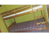 Bunk bed with 2 mattresses / Very good condition