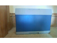 Vintage Helix Portable Filing Cabinet with file hangers in good condition but no key