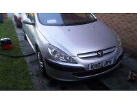 Silver peugeot 307 1.4 petrol reliable car
