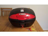 GIVI E450 Topbox with monolock brand new