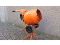 Belle 150 Cement Mixer 240 Volt Electric Barely Used