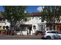 Lovely very spacious two bedroom ground floor flat with garden in Stratford, E15