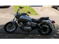 Honda VT 125 C6 Silver motorbike