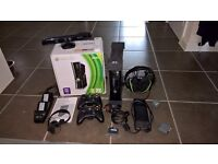 XBox 360 Slim 250GB (Boxed)+Kinect+2 Rechargable Controllers+TurtleBeach Headset+Remote