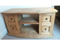 Pine TV unit with storage drawers (Mexican)