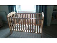 Mamas & Papas Eloise Cot / Bed