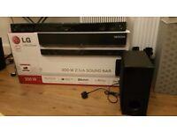 Like New Massive 300 W Boxed LG NB3530A Soundbar