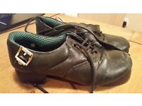 Irish shoes size 4