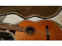 CUENCA 30 GUITAR +HARD CASE