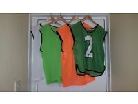 7 x USED Mens Green, White & Orange Mesh Sports Training Bibs for Football, Rugby, Basketball Adults