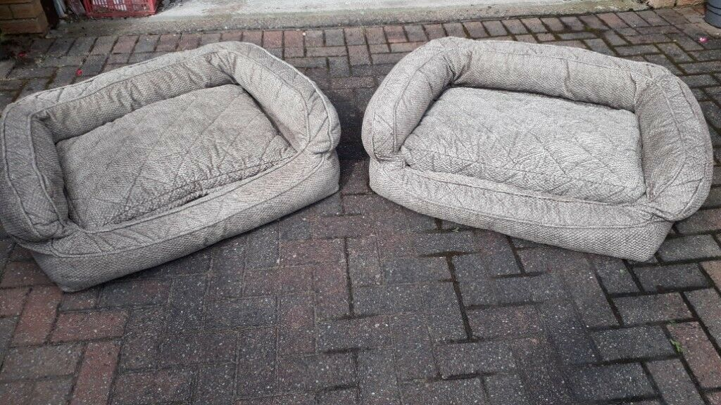 Two 'Orvis' Dog Beds (medium up to 18-27Kg) £70 each | in Uddingston,  Glasgow | Gumtree
