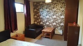 room double portadown include all bill eletric heating broadband house cleaned weekly greata area
