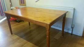 Solid oak family sized 6 seater dining table (no chairs)