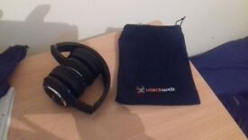 Blackweb Wired Headphones with Bag