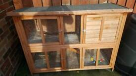 Double level hutch