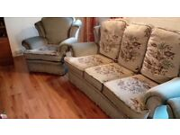 Settee, sofa, and 2 chairs. Excellent clean cndition. Can deliver .