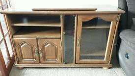 Solid wooden oak unit
