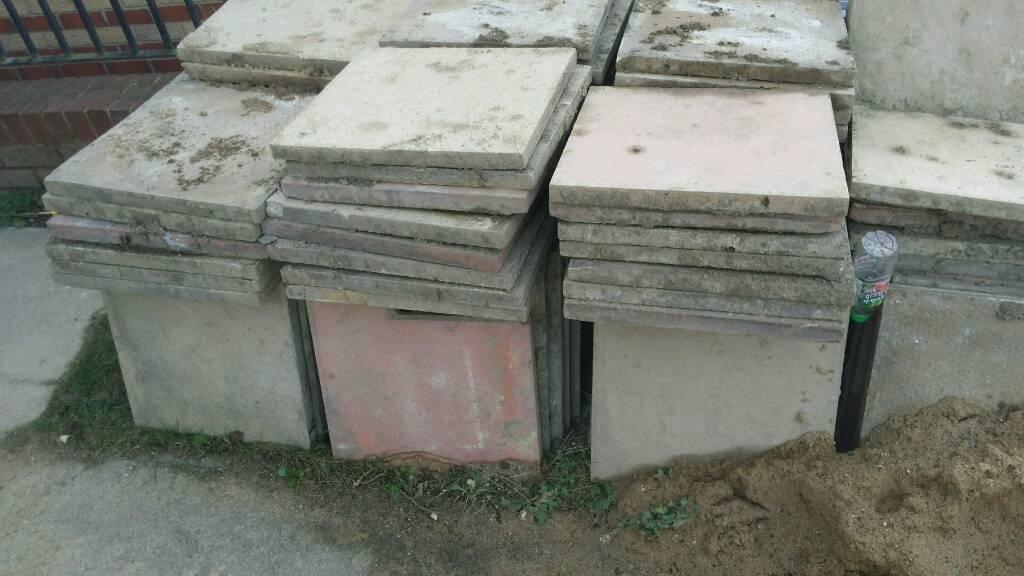 Garden tiles/Concrete flags