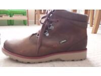 Boys Clarks Tan GorTex Ankle Boots Size 3G with Side Zip & Laces-worn twice