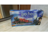 Hornby Harry Potter and the Prisoner of Azkaban Hogwarts Express Electric Train Set