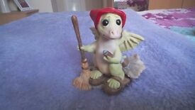 """Land of legend whimsical world pocket dragons 1989 """"do I have to"""" collectible vgc"""