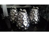 Set silver and diamonte pears. Jars