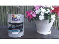 Dulux Trade Paint MOULDSHIELD FUNGICIDAL MATT ''Pure Brilliant White ''