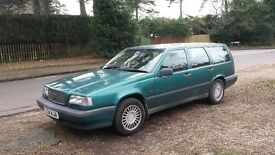 Volvo estate 850 SE with towbar