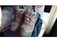 Goretex shoes size 9