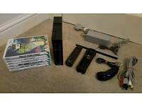 BLACK NINTENDO WII CONSOLE 6 GAMES ALL WIRES