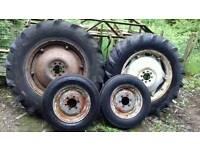 Tractor wheels*Suit Grey Fergie*Dexta* Mf Ferguson*