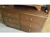 Six-drawer Chest of Drawers Sideboard in Good Condition