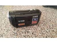 Sony Camcorder HDR-PJ220E With Built in Projector