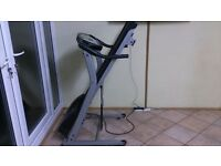JS-1385 TREADMILL (RUNNING MACHINE)