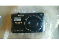 NIKON Coolpix S3700 20.1MP