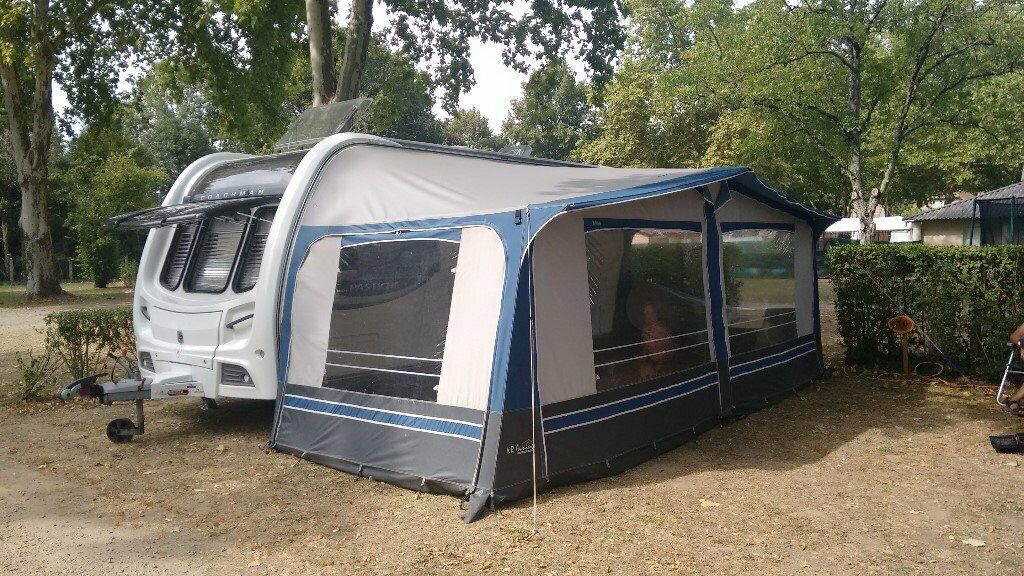 Full size ( 18ft) Caravan Awning Blue all in good ...