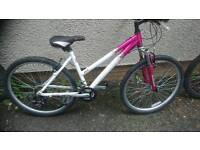 RALEIGH LADIES ALUMINIUM MOUNTAIN BIKE, 17 INCH FRAME, 26 INCH WHEEL'S, 18 GEARS, VGC