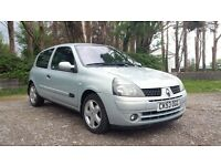 2003 RENAULT CLIO DYNAMIQUE 1.4 PETROL MANUAL SILVER - NEW MOT & 1 FORMER KEEPER £795